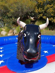 Alquiler toro mecánico en Málaga